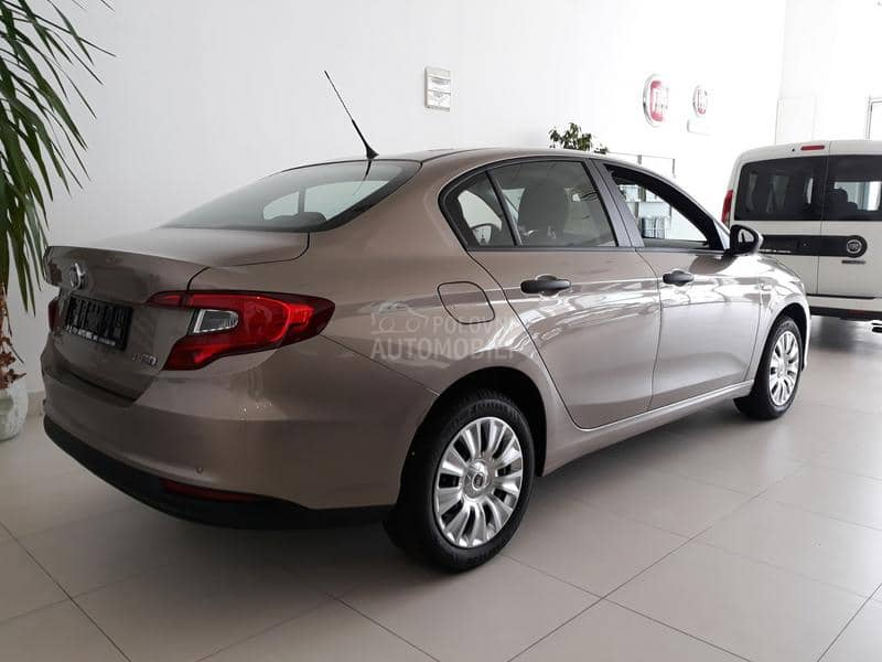 Fiat Tipo 1.4 FAMILY PACK