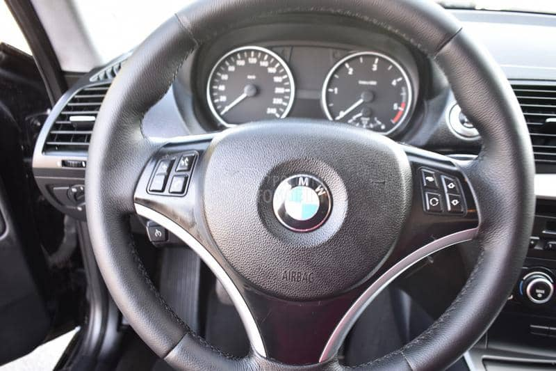 BMW 118 145 k.s. Cupe...T0P