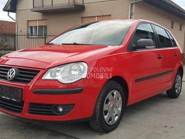 Volkswagen Polo 1.2 5vr TOUR